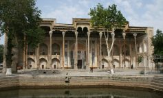 Масоҷиди Ӯзбекистон дарҳои худро боз мекунанд